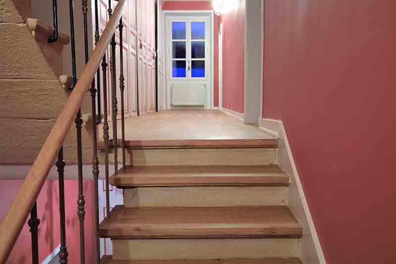 menuiseries int rieures portes massives parquets escaliers vitrification. Black Bedroom Furniture Sets. Home Design Ideas